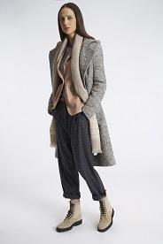 0c367b1422 Per la collezione donna FW19-20 Eleventy sceglie tessuti di altissima  qualità come Cashmere, Alpaca, Mohair e Seta, valorizzati nella lavorazione  dalle mani ...